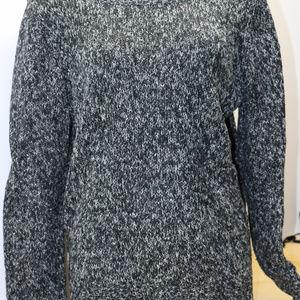 St. John's Bay Sweaters - St. John's Bay Black & White XL Sweater